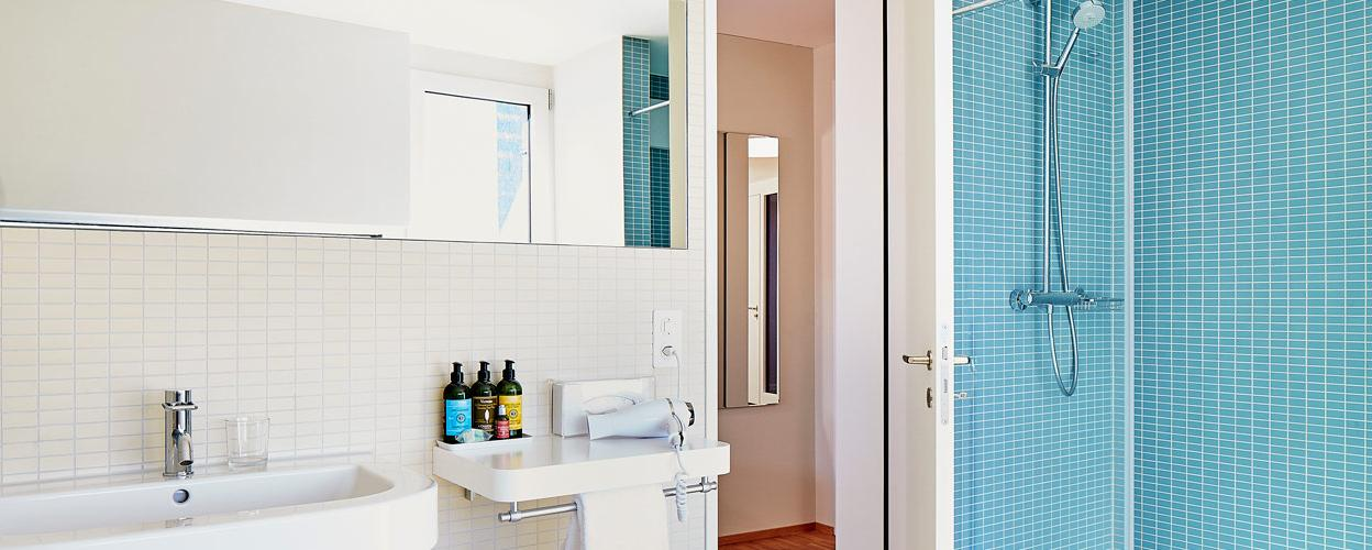 60sqm living penthouse loft bathroom